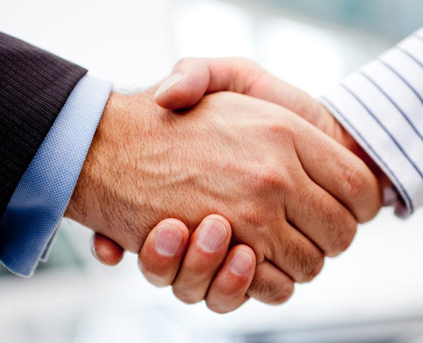 Consultants who collaborate
